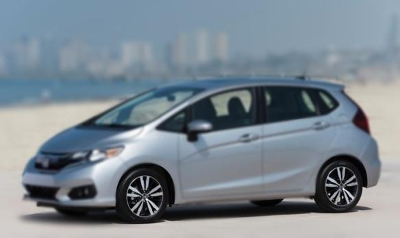 Honda-Fit-2018-800-07